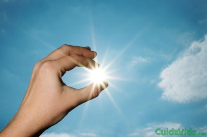 La luz del sol es la fuente más natural de la vitamina D