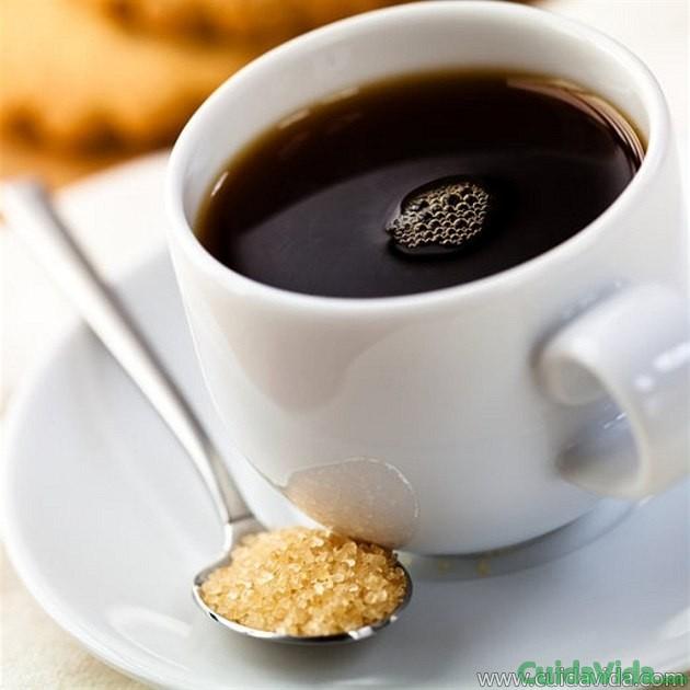 Café solo con azúcar o con leche