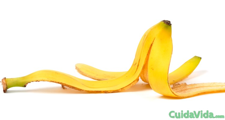 Cómo quitar las verrugas con piel de plátano