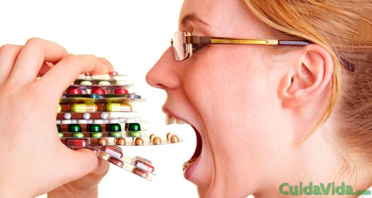 Los peligros de la automedicación