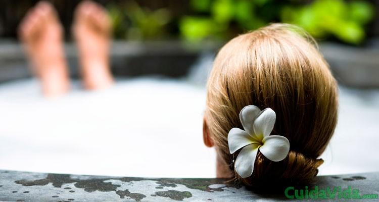 Image result for baño con aceites esenciales