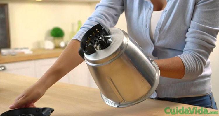 Cómo limpiar el vaso de la batidora