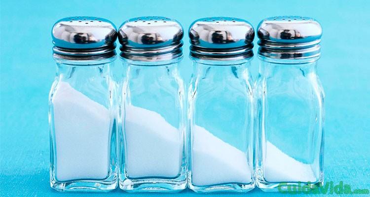 Comer más sal no significa beber más